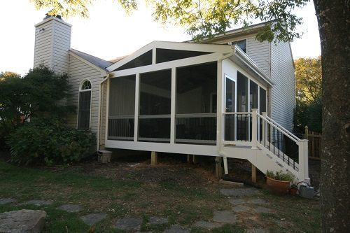 Turn a deck into screened porch, Ellicott City Deck Builders add screened room to existing Deck