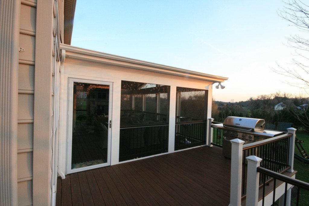 Screen porch removable screens